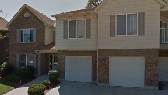 3365lindsay-exterior